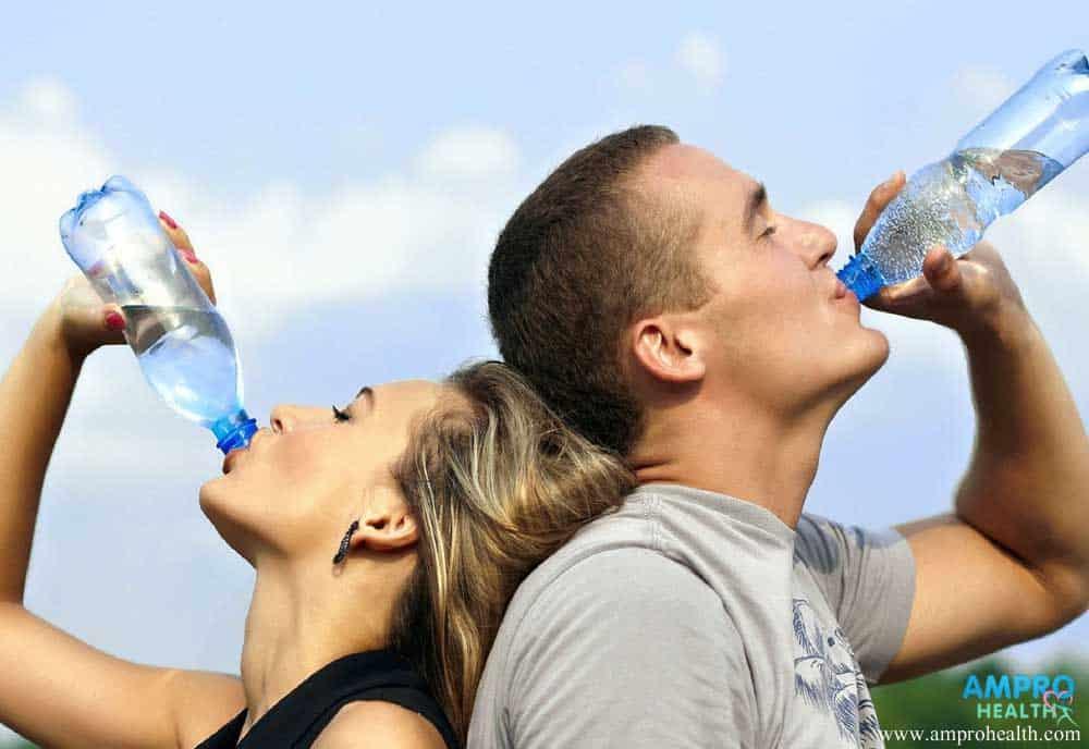 เราควรดื่มน้ำวันละ 8 แก้วจริงหรือ?
