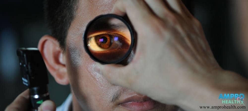 ผู้ป่วยมีปัญหาทางด้านสายตาและการมองเห็นเนื่องจากการเกิดเส้นประสาทตาเสื่อมภายหลังจากการฉายรังสี รักษาโรคมะเร็งที่บริเวณส่วนศีรษะ ลำคอและสมอง